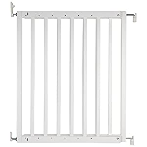 Safetots Chunky Wooden Screw Fit Stair Gate, White, 63.5 to 105.5 cm GOLDA QUICK AND EASY TO USE - Straight forward installation, in less than 2 minutes your child is safer and confident in their steps PRACTICAL SAFETY BASE - Light to carry, easy to clean and store. with Premium Size : Fits on majority of safety gates and extensions available AVAILABLE IN TWO COLOURS - Adapt to any room or furniture with black or white option. 10