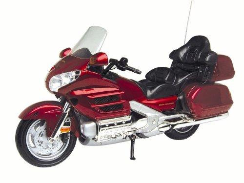 Honda 1:6 Scale Goldwing Die Cast Super Bike by Motormax