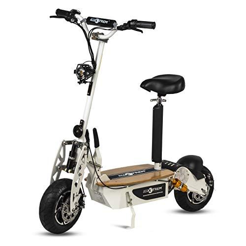 Patinete, Scooter tipo moto Eléctrico dos ruedas, Plegable, Color Blanco, Motor de 1600W, Velocidad máxima 40km/h, Autonomía hasta 30-40km, Con suspensión, Luz foco y luz de freno LED y Sillin desmontable. Recomendado a partir de 12 años.