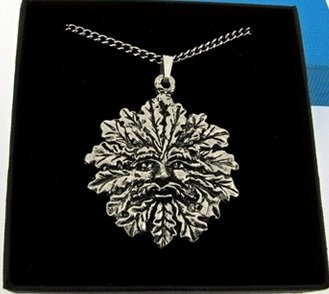 fine-quality-english-pewter-pendant-necklace-gift-green-man-design-supplied-gift-boxed