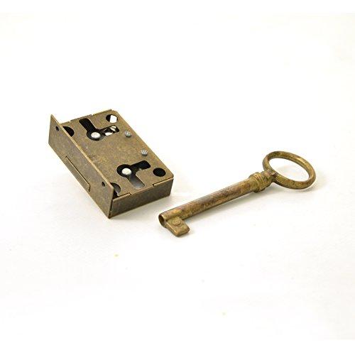 Kastenschloss (Dornmaß 15 mm) und Schlüssel aus Messing
