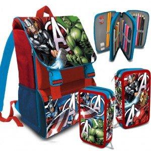 Kids Licensing – Los Vengadores AV1611. Set mochila italiana 41cm + plumier 3 cierres.