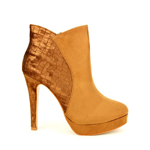 Cendriyon, Lows Boots CELINA Moda Chaussures Femme Caramel