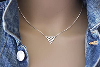 Collier argent massif triangle ethnique