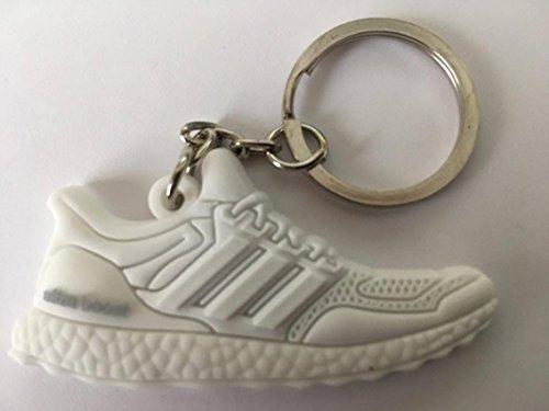 Preisvergleich Produktbild Adidas Ultra Boost Schlüsselanhänger Weiß Sneaker Keychain