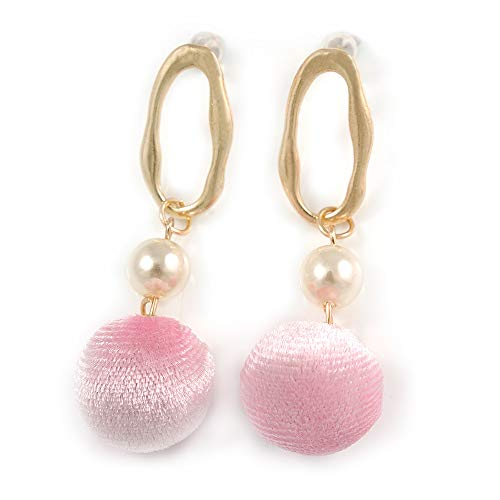 Trendige Pastell Rosa Kunstleder Velours Ball mit Gold Ton Oval Drop Ohrringe - 60 mm L - Ball Gold Drop Ohrringe