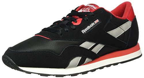 Reebok Classic Nylon Tracksuit, Sneakers basses homme Noir (Black/Excellent Red/Mgh Solid Grey/White)