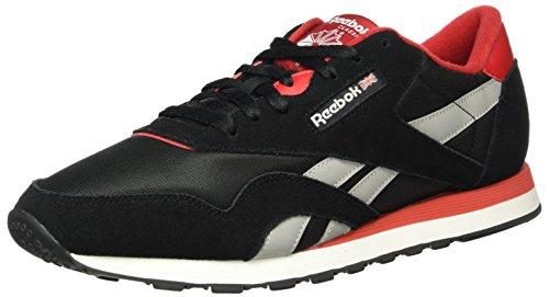 Reebok - Classic Nylon Tracksuit, Scarpe da ginnastica Uomo Nero (Black/Excellent Red/Mgh Solid Grey/White)