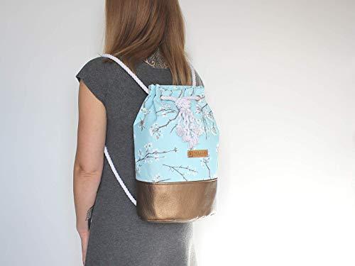 Blauer Rucksack mit goldenem Boden. Canvas Seesack mit Kirschblüten - 5