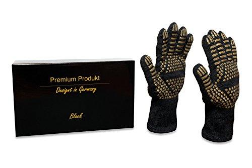 Premium Grillhandschuhe / Ofenhandschuhe / Backhandschuhe / Tiefkühlhandschuhe – Designt in Germany - hochwertigste Verarbeitung - Hitzeschutz bis zu 500 C° - BBQ Backen Kochen Grillen (one-size, Schwarz/gold) (Abnehmen Salbe)