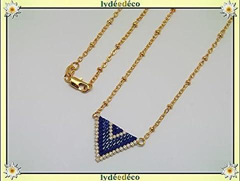 Collier plaqué or perles japonaises bleu violet beige tissage triangle