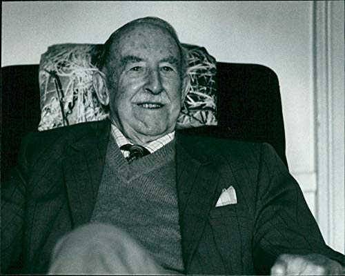 Baronet Bar (Fotomax Vintage Photo of Sir Philip Christison:)