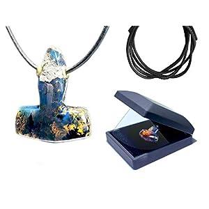 Blue Amber Kette Anhänger Thors Hammer Mjölnir Bernstein Wikinger Schmuck Handmade mit stabilem Lederband in LED Geschenkbox I keltischer Kettenanhänger Herren und Damen