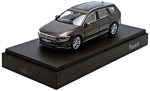 VOLKSWAGEN 3g9099300ab8r Modell Auto Passat Kombi 1: 43, Eiche braun metallic