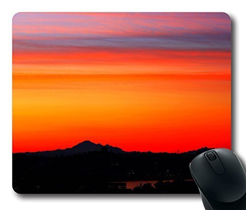gaming-mouse-pad-breathtaking-sunrise-colours-over-mt-baker-oblong-shaped-mouse-mat-design-natural-e