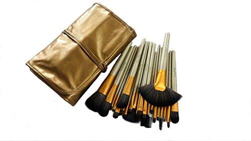 Dream Maker® 24 Piece Makeup Brush Set