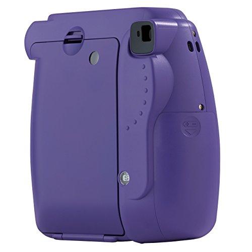 Fujifilm Instax Mini 8 - Cámara analógica instantánea (flash, velocidad de obturación fija de 1/60 s), color violeta