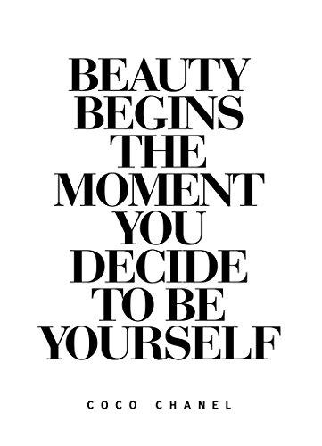 "JUNIQE® Leinwandbild 30x45cm Schwarz & Weiß Motivation - Design ""Beauty Begins"" (Format: Hoch)..."