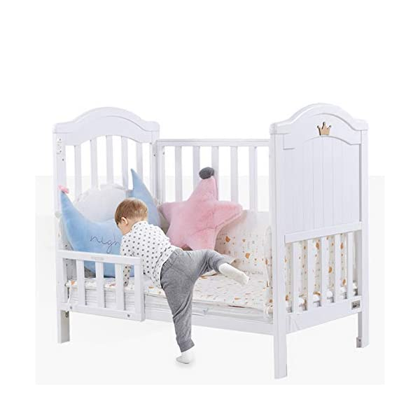 VBARV Multifunctional cradle bed-three-in-one stitching large bed solid wood crib, pine oversized children's play bed, bedroom furniture suitable for children aged 0-12 VBARV Non-toxic environmental protection material, no sharp fixing device, external dimensions are 125x72x104cm. Side-open fence, drowsy, easy to care for babies and able to hug in and out; can be spliced   into a large bed for easy feeding. The bed has four positions and is adjustable in height. The bed can be turned into a playground, cradle bed, sofa, desk, and is a multifunctional bed. Easy to clean and maintain: The surface of the crib can be wiped with a damp cloth to remove dust or dirt from the surface. 2
