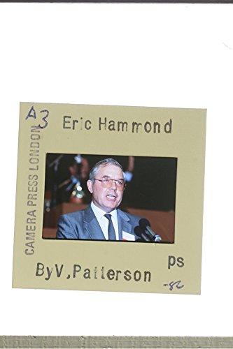 slides-photo-of-eric-hammond-giving-a-speech