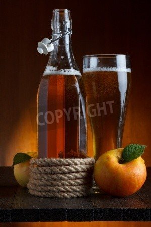 "Poster-Bild 20 x 30 cm: ""apple cider glass and bottle with apples still life"", Bild auf Poster"
