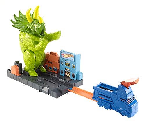 Hot Wheels GBF97 - City Triceratops Angriff Dinosaurier Spielset mit Starter und Auto, Spielzeug ab 4 Jahre