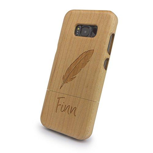 printplanet® - Samsung® Galaxy S8 Handyhülle mit Name Finn aus Echtholz - Design Feder - Holz Hülle, Case mit Laser Gravur