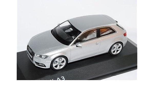 Generation Ab 2012 1//18 Paudi Modell Auto mit .. Audi A3 8V Sportback Schwarz 3