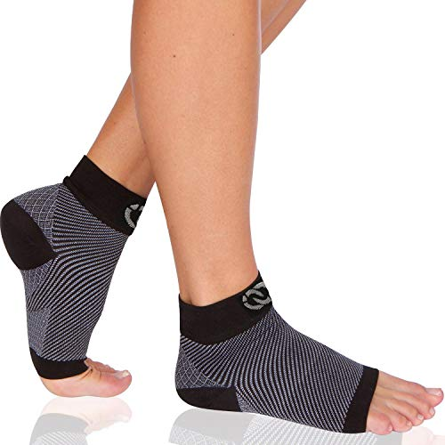 Plantar Fasciitis Socks (1 Pair) - Compression Foot Sleeves with Arch & Heel Support for Men & Women (Medium) -
