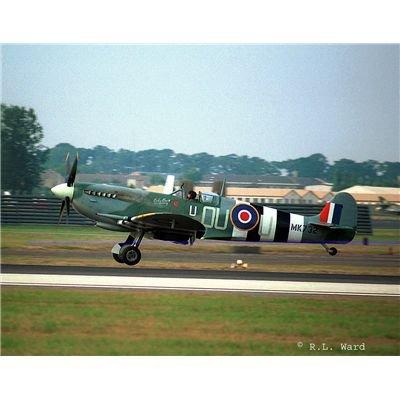 Revell Modellbausatz 04554 - Supermarine Spitfire Mk IX C / XVI en escala 1:48