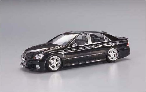 Image of 1/24 Junction Produce Sports GRS182 Crown (Model Car)