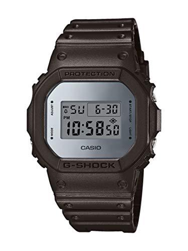 Casio Homme Digital Quartz Montre avec Bracelet en Résine DW-5600BBMA-1ER