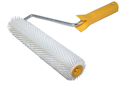 hand-spiked-aeration-roller-250mm-10-small-pointed-spikes-11mm-plastic-handle-h4559