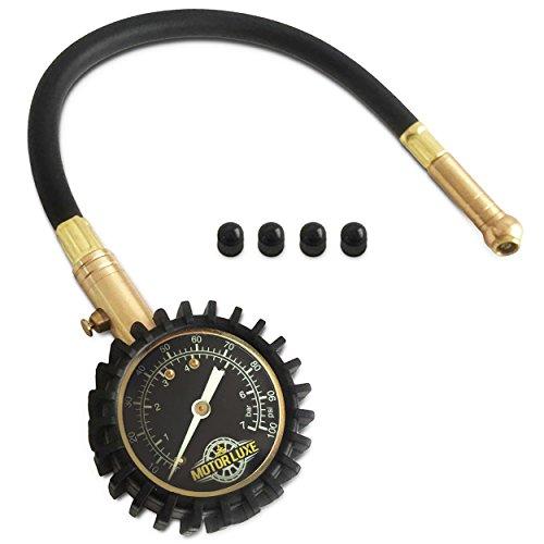Motor-Luxe-Manometro-Pressione-Pneumatici-100-PSI-7-Bar-Preciso-e-Robusto-Manometro-Pressione-Gomme-per-Auto-Camion-e-Moto-4-Cappucci-delle-Valvole-Gratuiti
