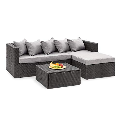 blumfeldt Theia Lounge Set Gartengarnitur • Eckgarnitur • 2-teilige Sitzgruppe: Eckcouch & Hocker • 10 cm Sitzpolster • 5 Kissen • inkl. Regenschutzhülle • inkl. Bezüge in Hellgrau • Rattan: schwarz - Bank-hocker-set