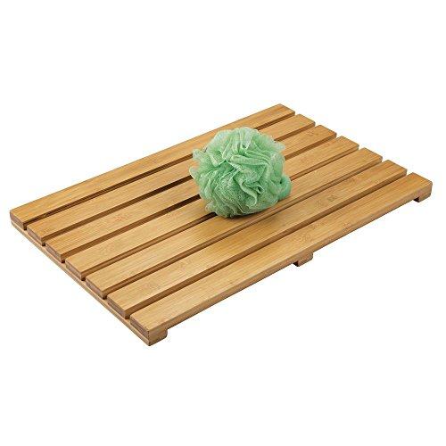 mDesign rutschfeste Bambusmatte für den Innen- und Außenbereich - rechteckiger Badvorleger aus Bambus im Lattendesign - umweltfreundliches und modernes Badzubehör für die Badewanne oder Dusche - braun