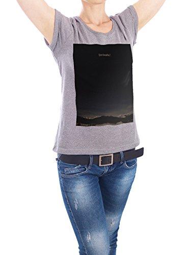 """Design T-Shirt Frauen Earth Positive """"Just Breathe"""" - stylisches Shirt Typografie von Boris Draschoff Grau"""