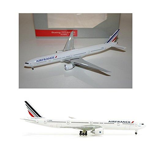 maquette-air-france-boeing-777-300er-au-1-500-en-metal-f-gznd