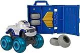 Blaze y los Monster Machines-FHV40 Vehículos Taller de Ruedas, Coche Darington, Color Blanco (Mattel FHV40