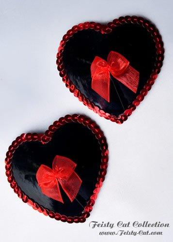 glanzende-lack-pasties-mit-organza-schleife-wild-at-heart-schwarz-rot