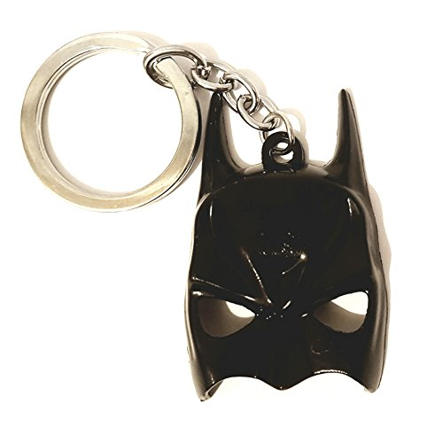 Batman Mask replica keyring from DC Comics by Aurum Artis