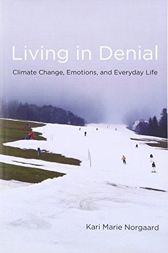 Living in Denial (The MIT Press) por Kari Marie Norgaard