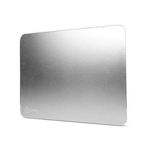 ENHANCE Aluminium Mousepad für Gaming & Grafikdesign: Mauspad mit sehr hoher Oberflächenqualität ideal für schwere Mäuse, Apple Magic Mouse oder Computermäuse anderer Hersteller