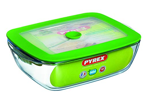 Pyrex 2.6 L Rectangle Borosilicate Glass Dish with Plastic Lid