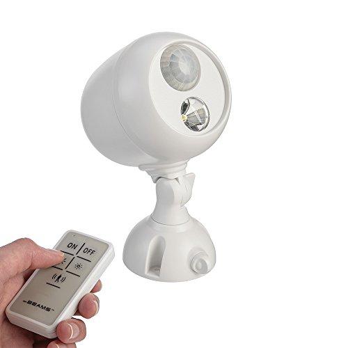 Mr Beams drahtloser, batteriebetriebener LED Spot mit Bewegungsmelder und Fernbedienung für den Außenbereich weiß MB370