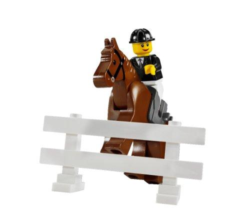 Imagen 9 de LEGO City 7635 - Transporte de caballos [versión en inglés]