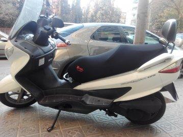 Funda Cubre Asiento Scooter o Moto Suzuki Burgman 125cc