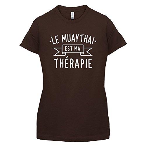 Le muaythai est ma thérapie - Femme T-Shirt - 14 couleur Marron Foncé