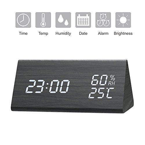 StillCool Despertador de madera Reloj digital con LED con luz de fondo blanca, Brillo de 3 niveles, 3 grupos de hora de alarma, Reloj despertador de madera Fecha, temperatura y humedad
