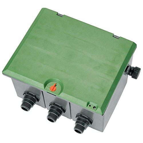"""Gardena 1255-20 Ventilbox V3, für 3 Ventile 9V/24V, Einbau unterirdisch, Kabelanschlussbox wassergeschützt, Deckel mit Kindersicherrung (Gewinde: 1""""-Außengewinde, Deckel Farbe: Grün)"""
